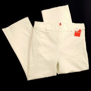 SPANX Women's Cropped White Pants Frayed Hem - XL